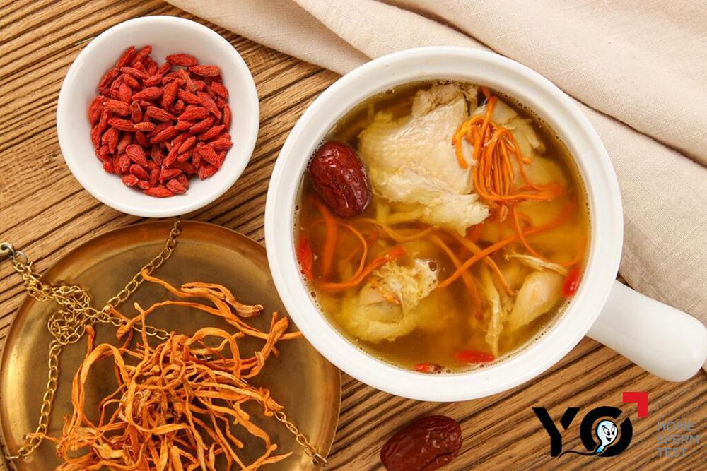 Thịt dê hầm trùng thảo giúp bổ thận tráng dương, hỗ trợ sinh tinh